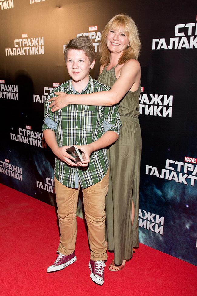 Актриса Анна Ардова с сыном Антоном