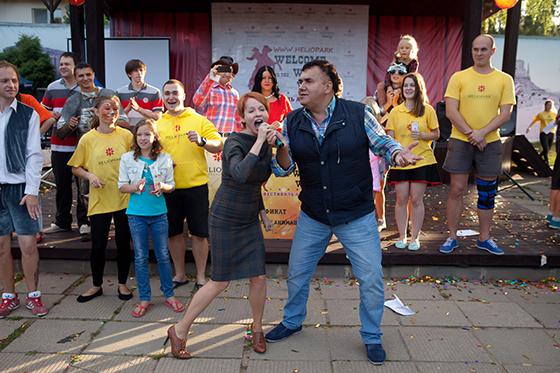 Станислав Садальский и Жанна Эппле не удержались и вышли на сцену, порадовав зрителей своим незабываемым выступлением