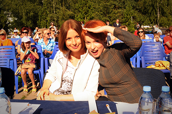 Актрисы Ирина Лачина (слева) и Жанна Эппле (справа)