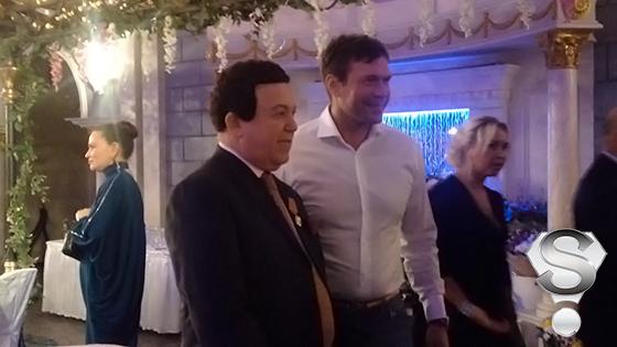 Поздравить именинника приехал Олег Царев