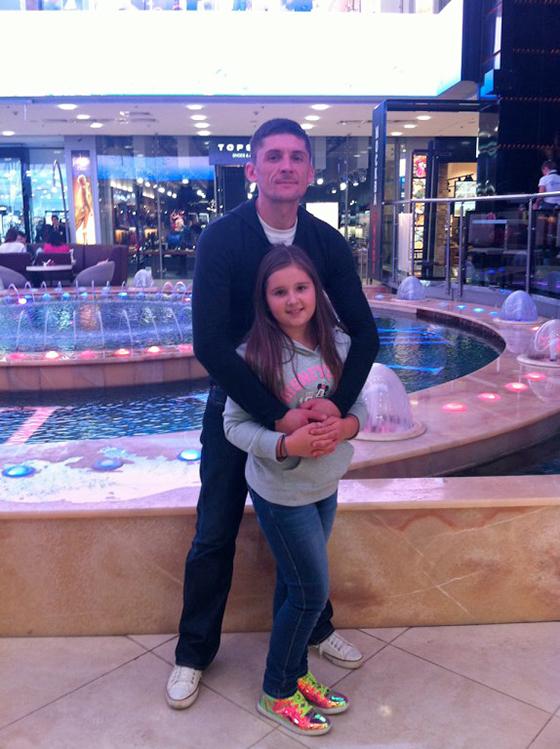 Павел лазарев с дочкой Алиной