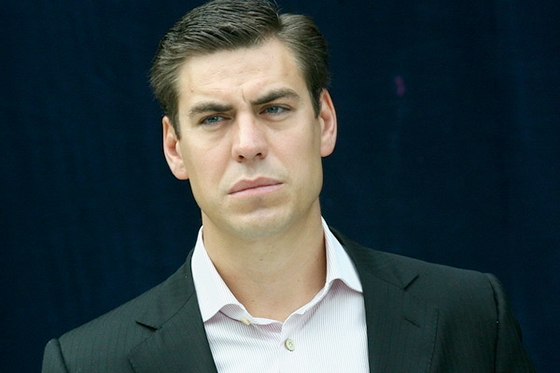 Дмитрий Дюжев отказывается говорить на тему брата