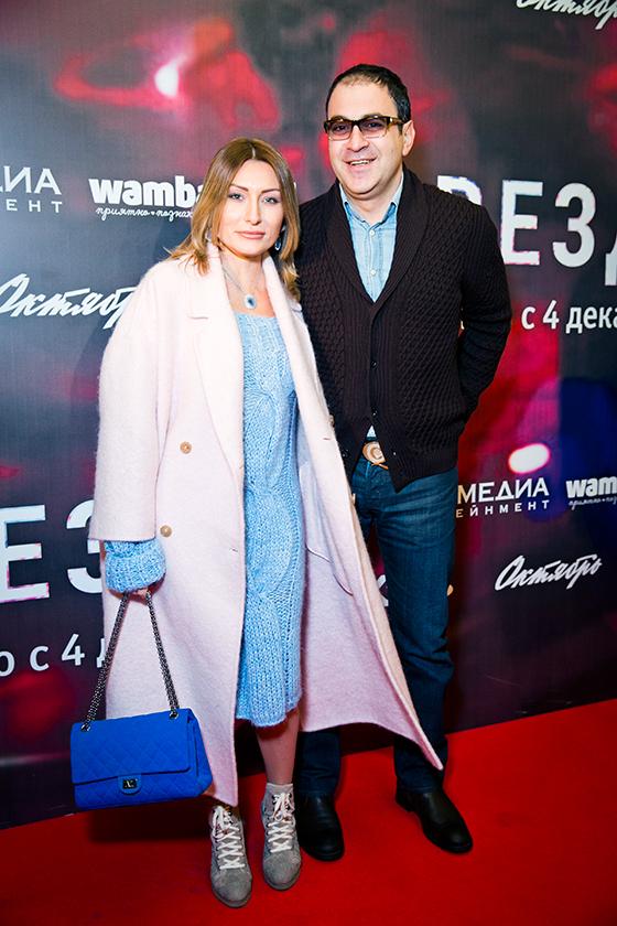 Шоумен Гарик Мартиросян с супругой
