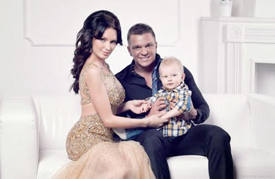 Евгения Феофилактова и Антон Гусев разводятся в прямом ...