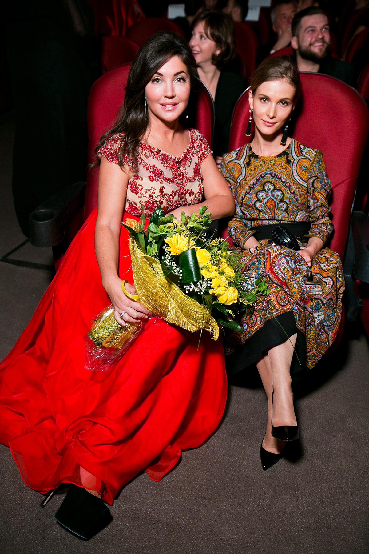 Главный редактор журнала THR Мария Лемешева (слева) и актриса Светлана Иванова