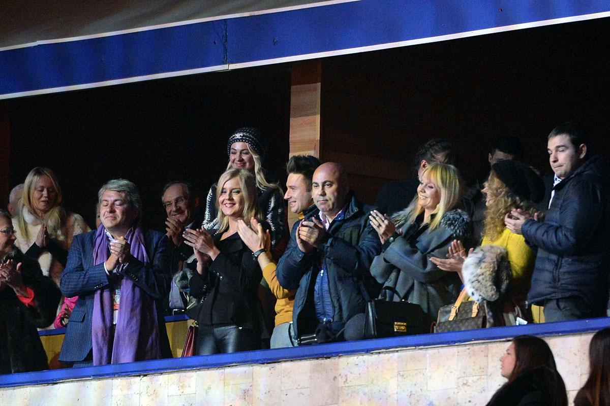 Гости звездной VIP ложи на шоу Евгения Плющенко