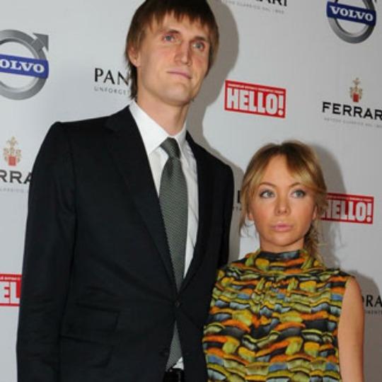 Андрей кириленко баскетболист фото с женой