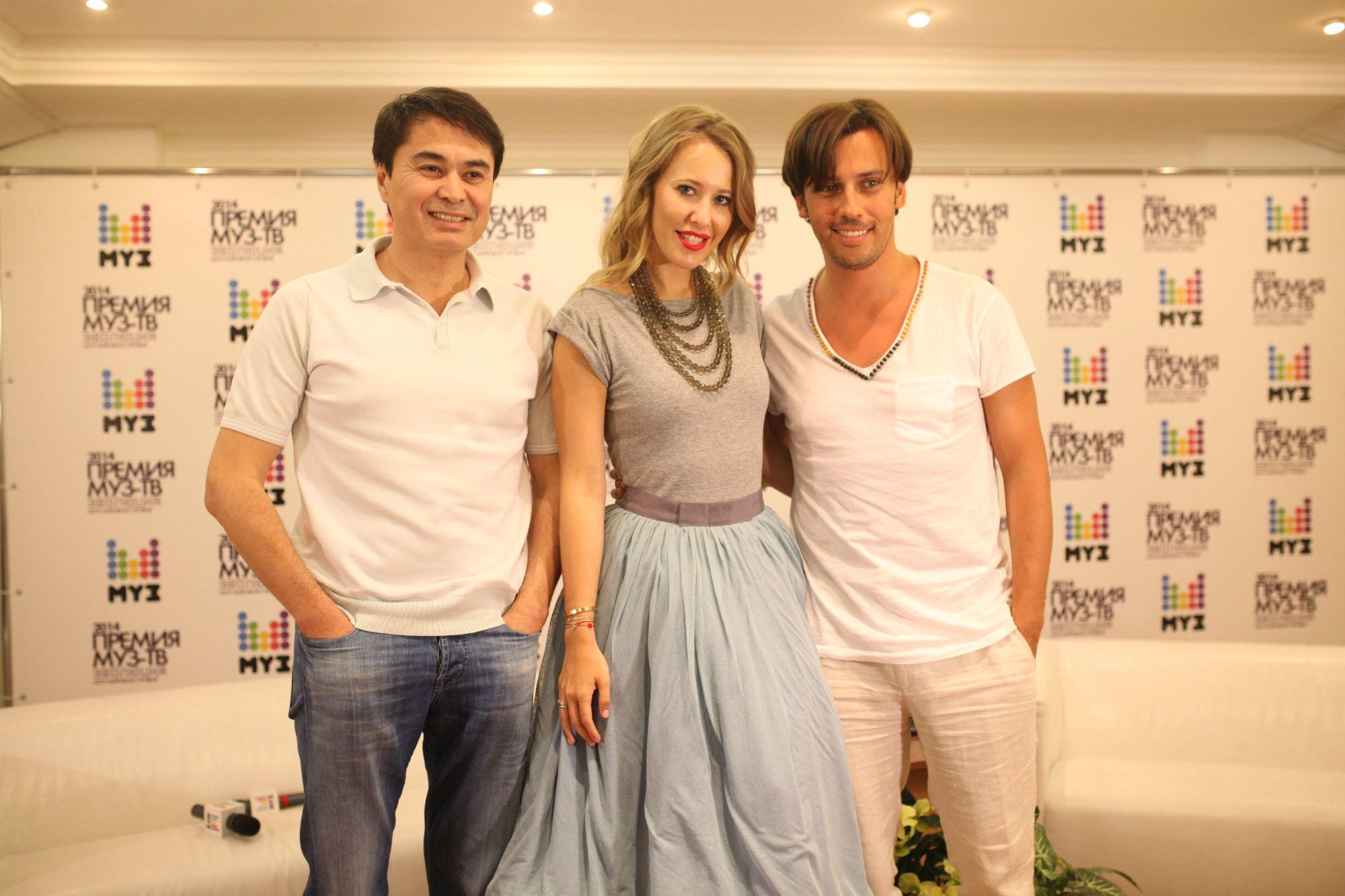 Ведущие премии МУЗ-ТВ в 2014 году Ксения Собчак и Максим Галкин