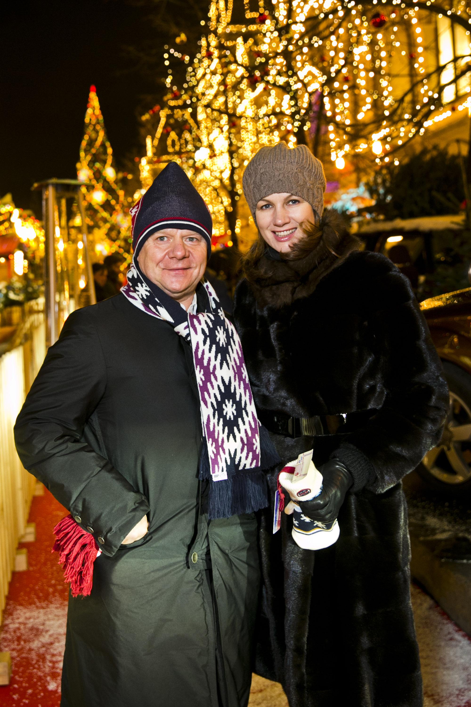 Музыкант Игорь Бутман с супругой