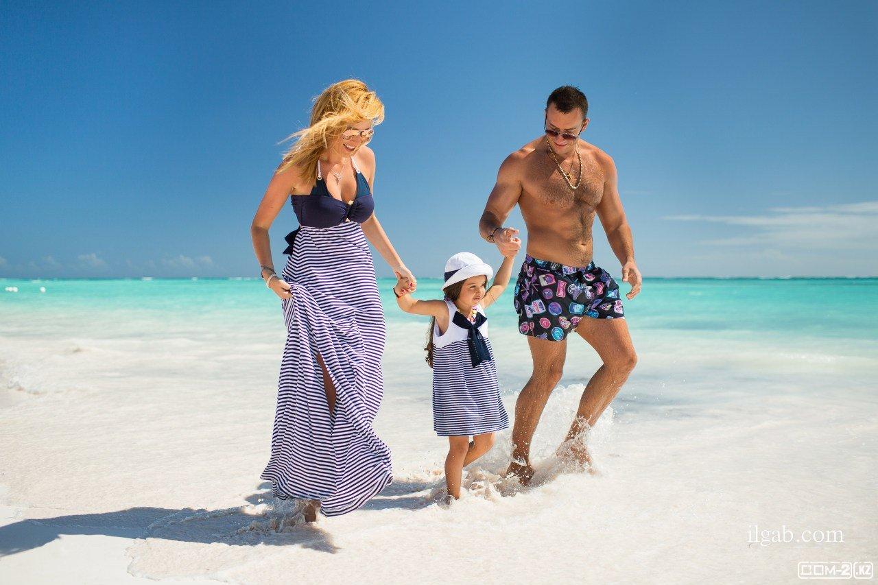 Фото муж с женой на море