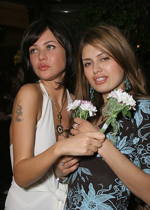 Виктория Боня (справа)