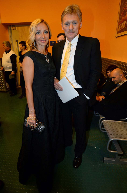 Пресс-секретарь президента РФ Дмитрий Песков и фигуристка Татьяна Навка