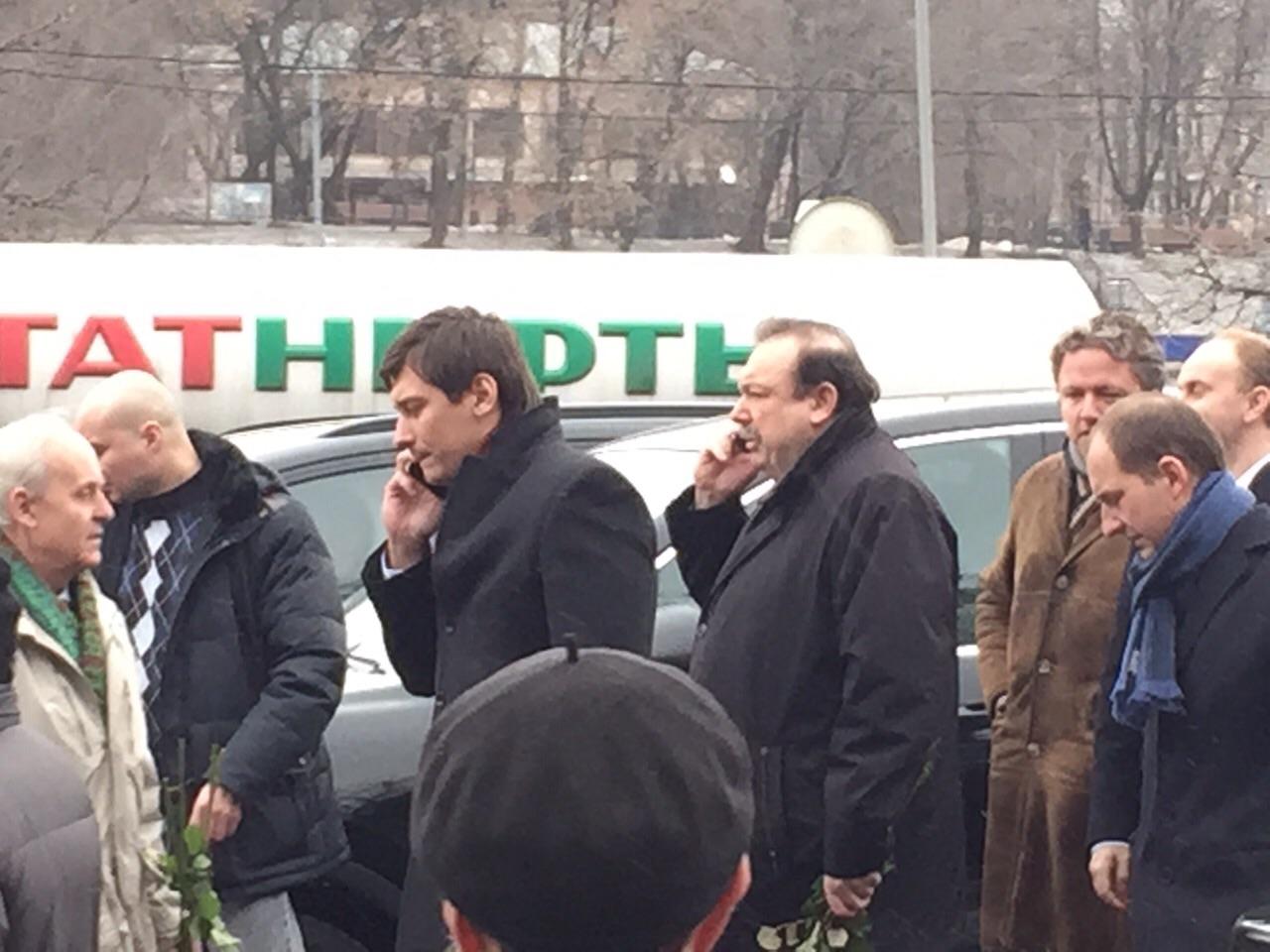 Политики Дмитрий Гудков и Геннадий Гудков