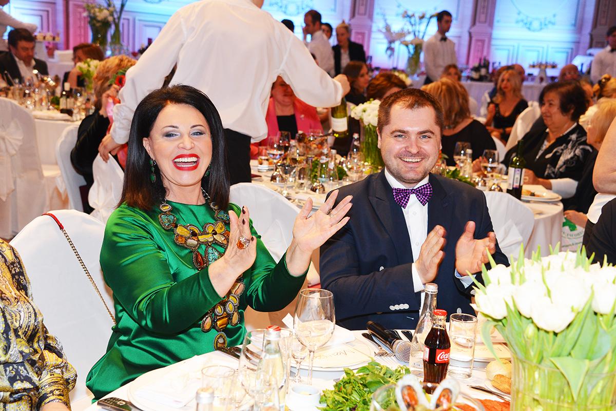 Надежда Бабкина с гражданским супругом Евгением Гором