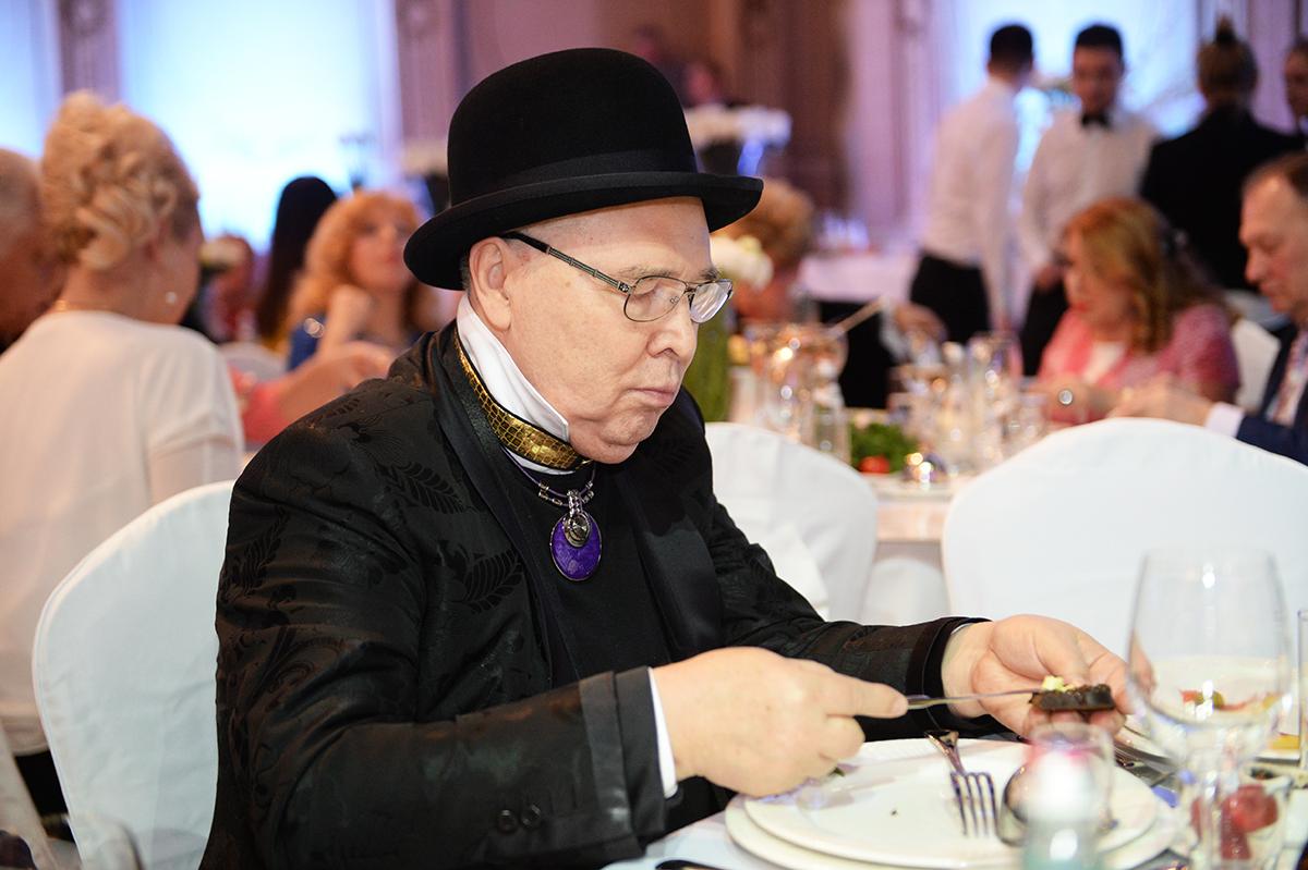Дизайнер Вячеслав Зайцев