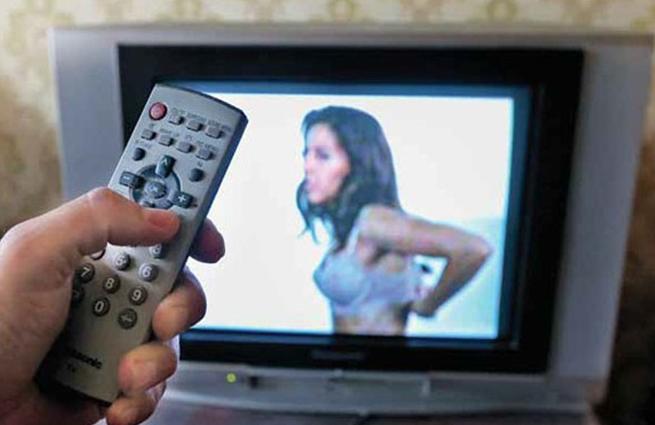телевизору еротика по