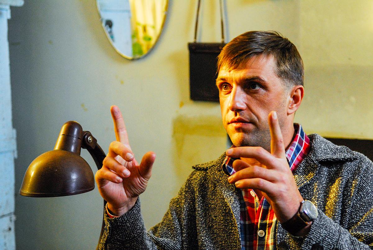 Владимир Вдовиченков, сыгравший одного из бандитов, признался, что не осуждает своего героя