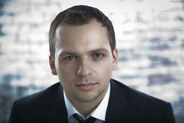 алексей янин фото актер