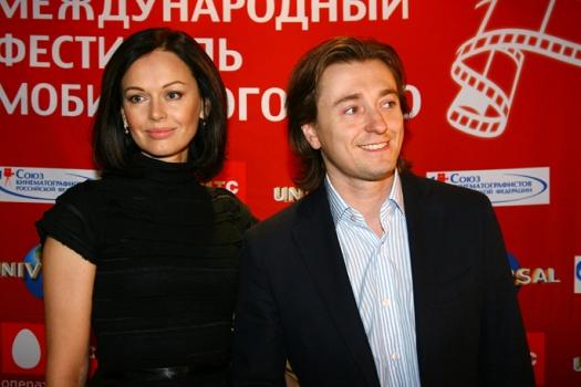 Сергей и Ирина Безрукова поженились в 2000 году