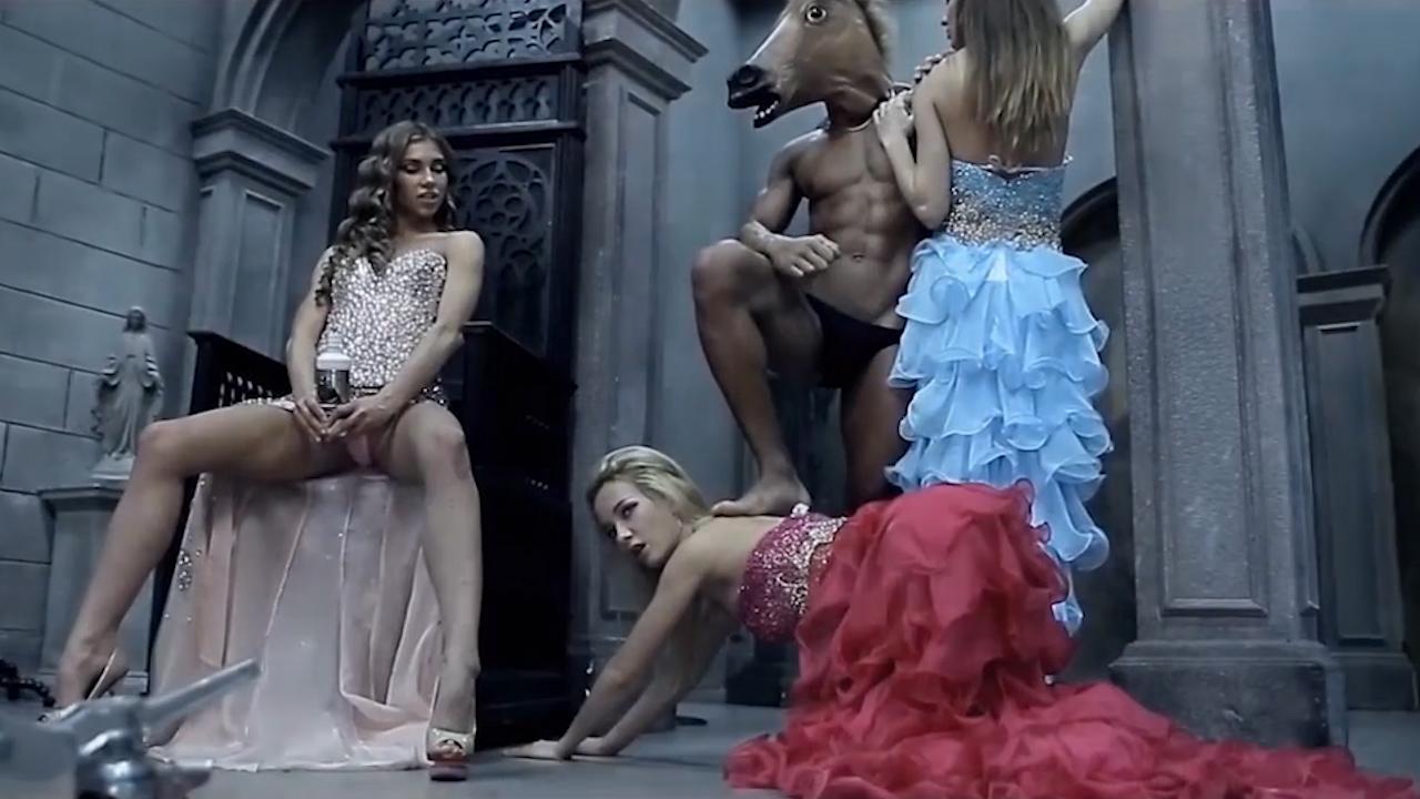 Рекламные Порно Ролики найдено 13 порно видео роликов