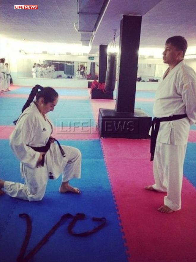 Вероника Керимова с тренером. Фото: vk.com