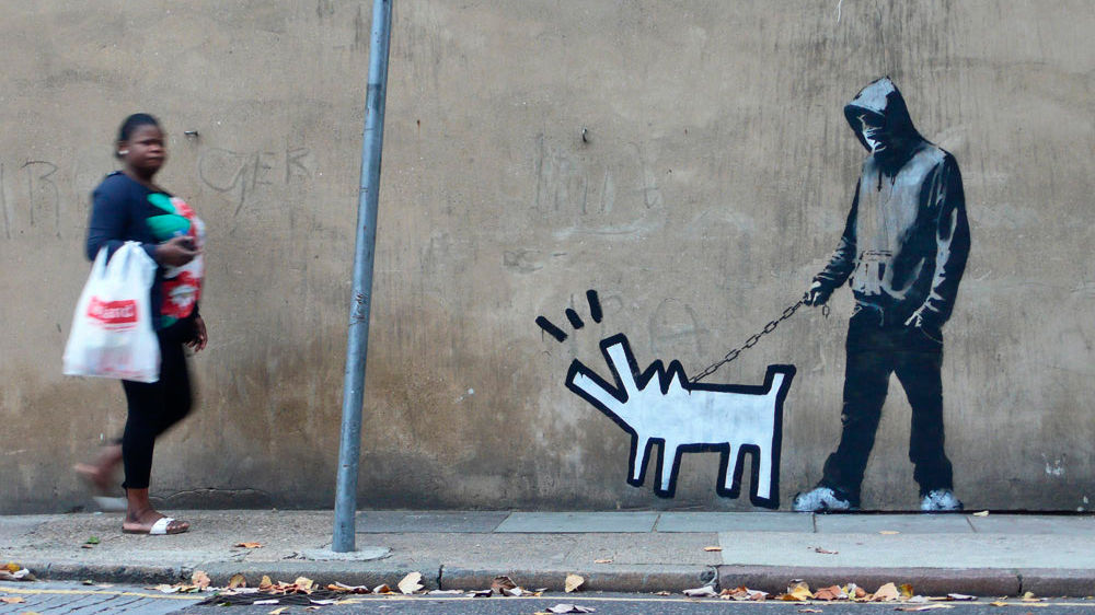 "<p>Фото: &copy;&nbsp;<a href=""http://banksy.co.uk/"" target=""_blank"">banksy.co.uk</a></p>"