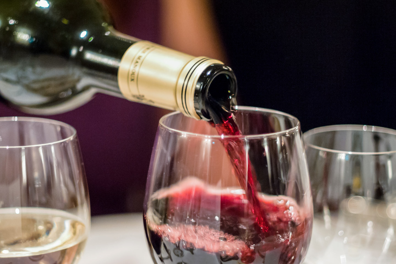 Можно ли пить красное вино