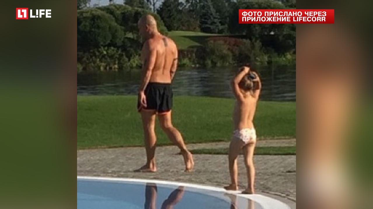<p>Дмитрий Нагиев с дочерью</p> <p><span>Фото: LifeCorr</span></p>