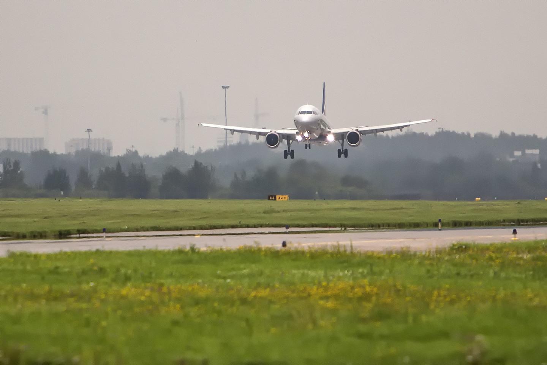 фото посадок самолетов все фабричные