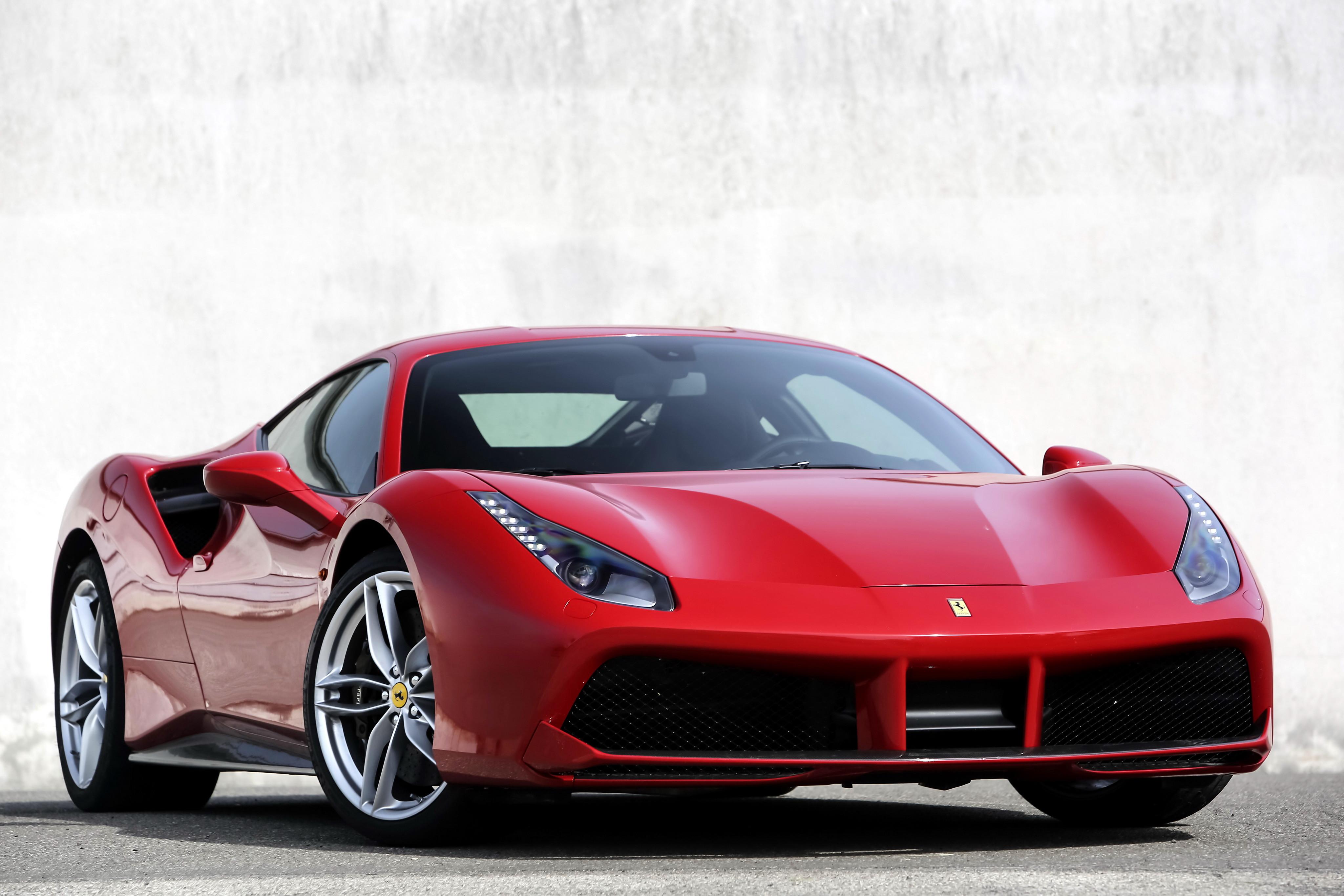 <p>Ferrari 488 GTB. Фото: &copy; Ferrari</p>