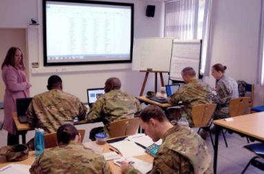 <p>Фото:<span>Defense Language Institute Foreign Language Center</span></p>
