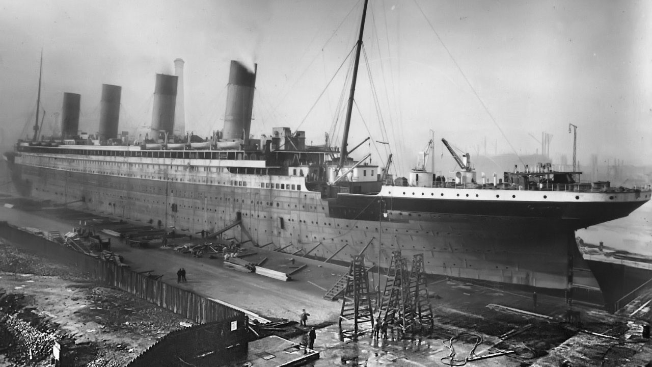 "<p><span>Фото: &copy; <a href=""https://upload.wikimedia.org/wikipedia/commons/9/99/RMS_Titanic_in_Thompson_Graving_Dock.jpg?uselang=ru"" target=""_blank"">Wikipedia.org</a></span></p>"