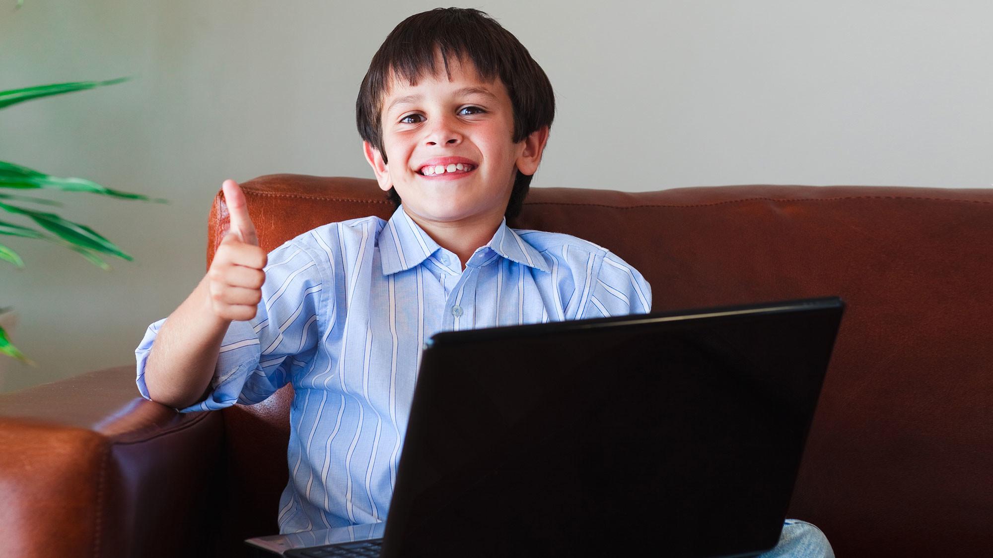 Ребёнок вымогал деньги у отца при помощи вируса WannaCry - Фото