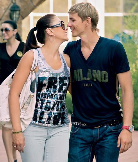 Лариса и Роман Павлюченко Фото: twitter