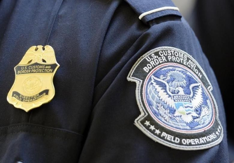 <p><span>Сотрудник Таможенной и пограничной службы США. Фото: &copy;&nbsp;</span><span>REUTERS/Kevork Djansezian</span></p>