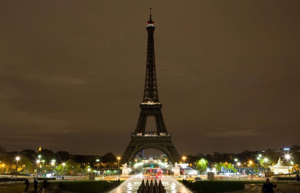 <p>Эйфелева башня в Париже. Фото:&nbsp;twitter.com/LaTourEiffel</p>