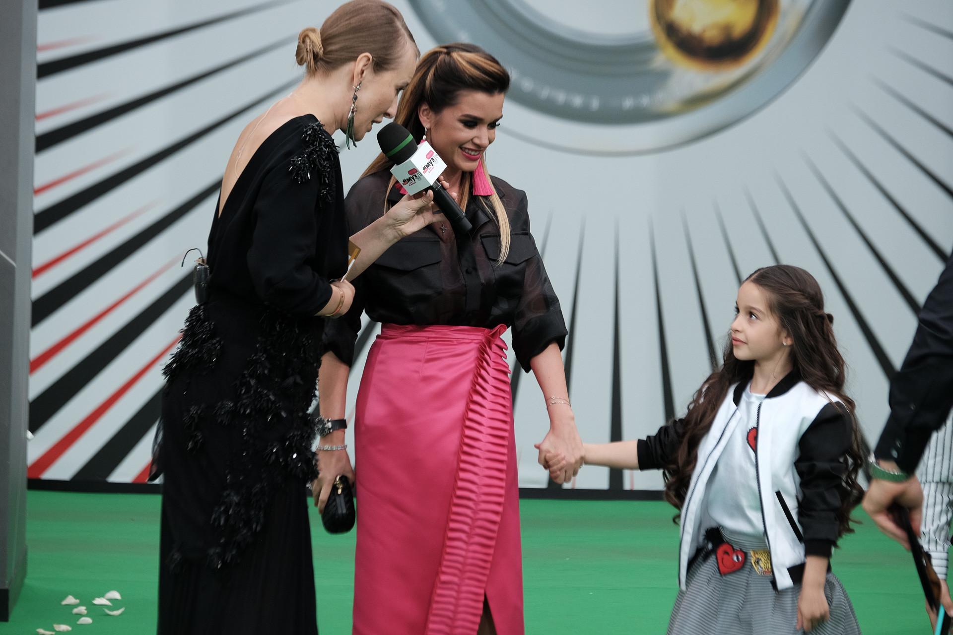 Ксения Собчак и Ксения Бородина с дочерью Марусей Фото: Пресс-служба Муз-ТВ
