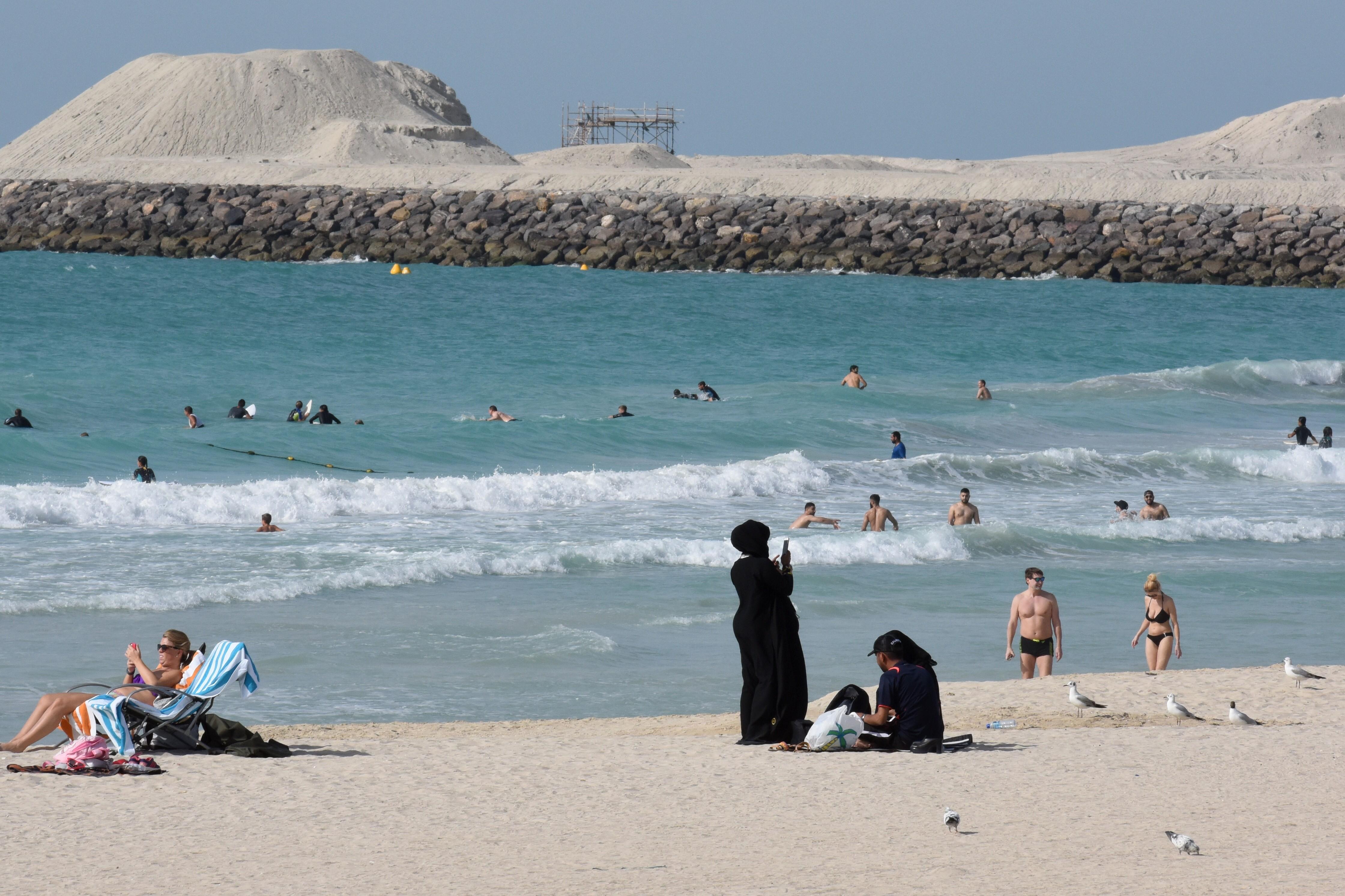 <p>Сегодня в ОАЭ зафиксировано 50,5 градусов жары. Фото:<span>&copy; РИА Новости/ Владимир Вяткин</span></p>