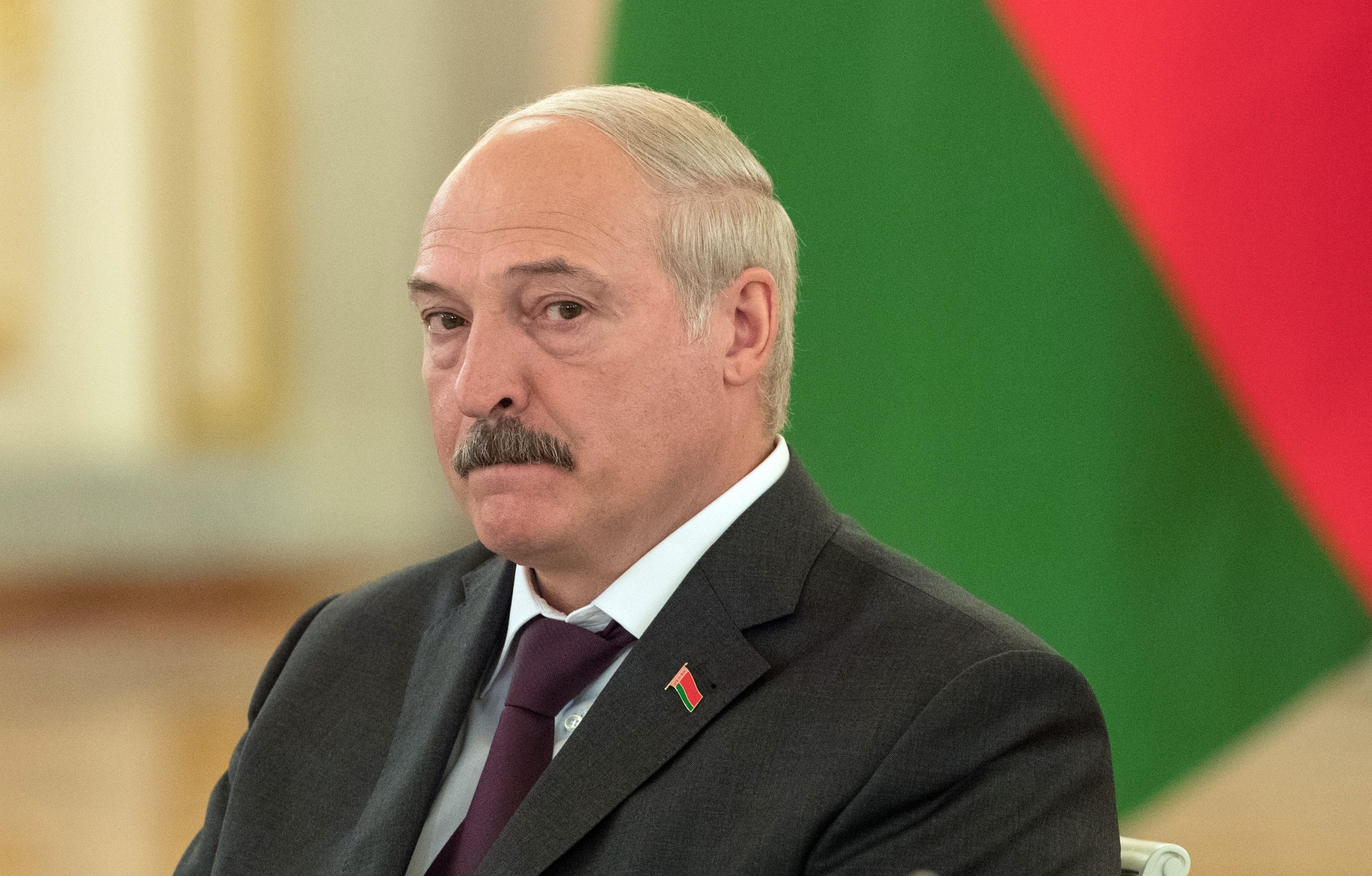 Лукашенко пообещал белорусам других президентов