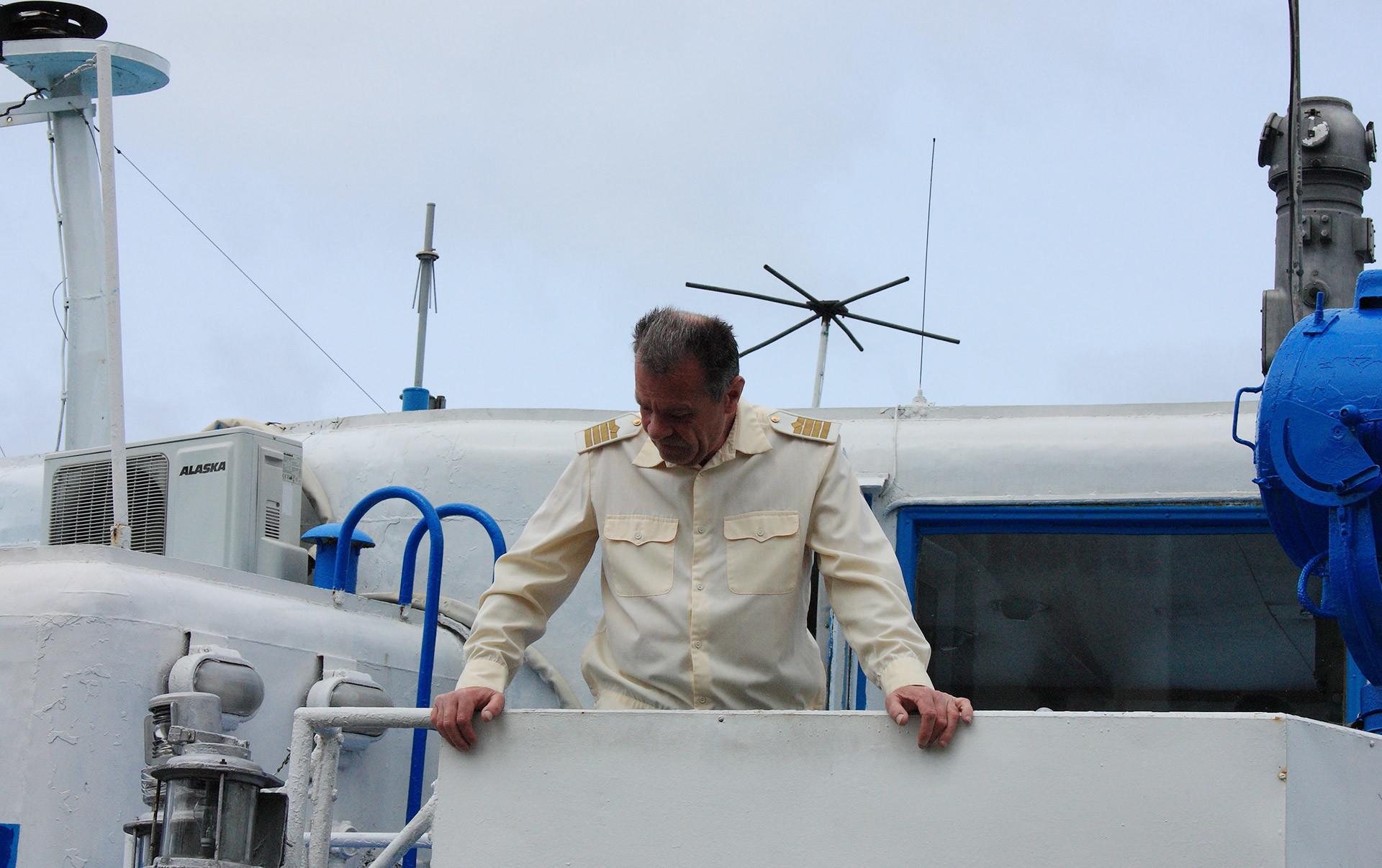 Капитан Александр Островский. Фото © РИА Новости/Антон Тюрин