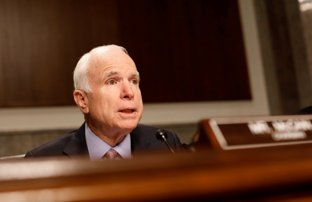 <p><span>Сенатор Джон Маккейн. Фото: &copy; REUTERS/Aaron P. Bernstein</span></p>
