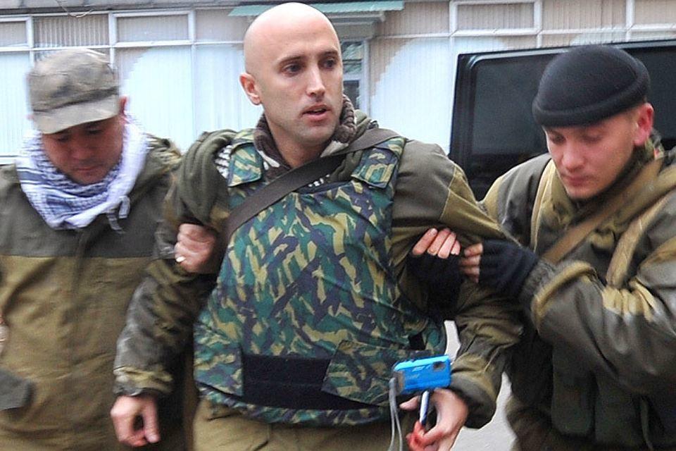 Британский журналист Грэм Филлипс попал под миномётный обстрел в Донецкой области