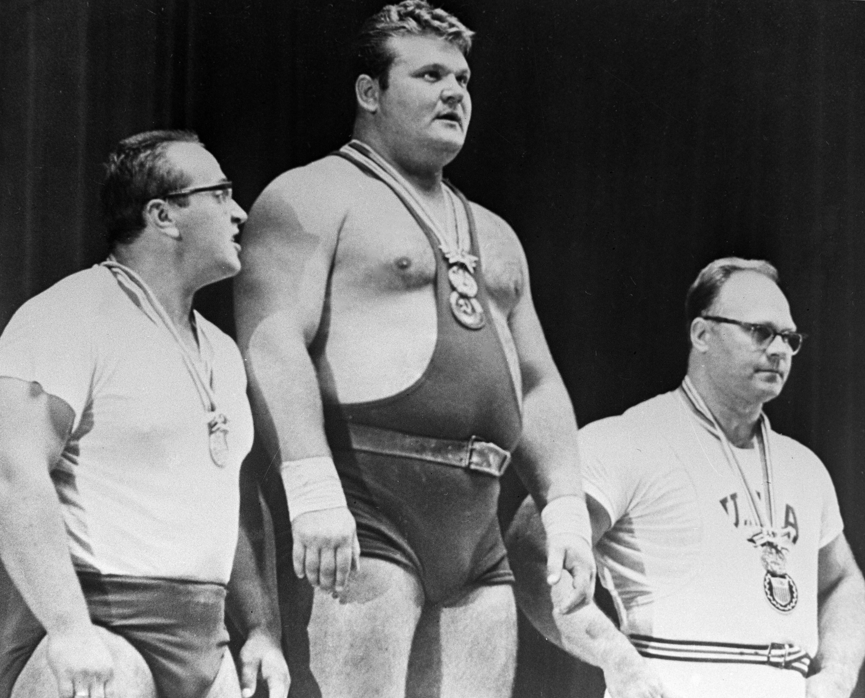 Олимпиада 1964 года в Токио. Власов, Жаботинский и американец Шеманский на подиуме. Фото: © РИА Новости/Сергей Ильин