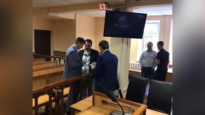 Начальник следствия СБУ по Днепропетровской области Игорь Ена, следователь Олег Кузьменко (ведёт дело Дарьи Мастикашевой) и прокурор.