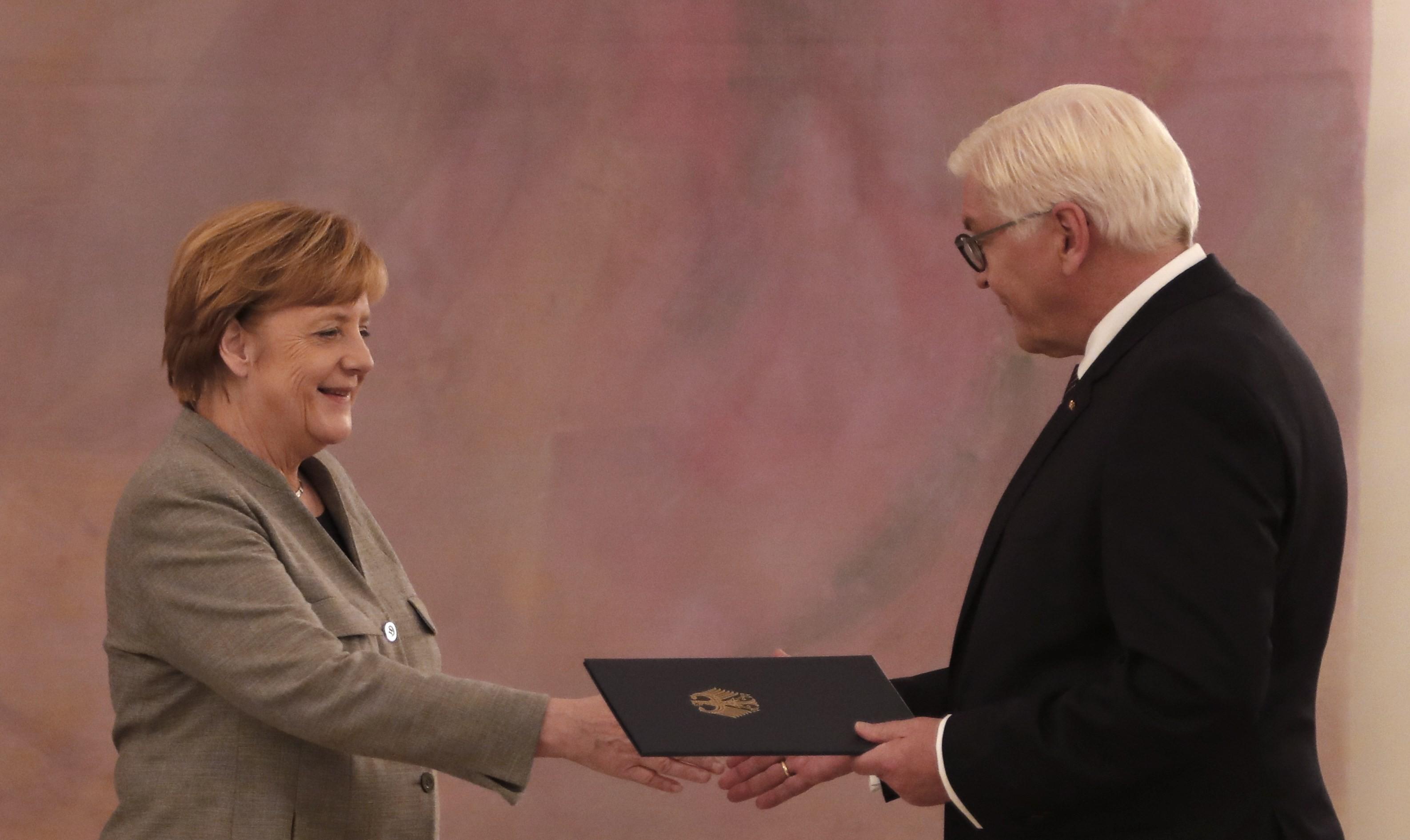 <p><span>Канцлер Германии Ангела Меркель и президент страны Франк-Вальтер Штайнмайер.&nbsp;</span>Фото: &copy;REUTERS/Fabrizio Bensch<span></span></p>