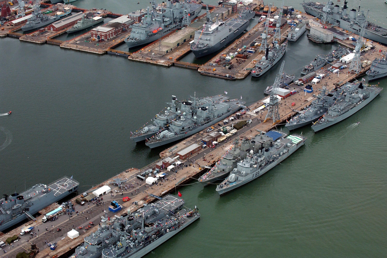 преимущество кушанья картинка крейсер сверху в порту его предрасположенности