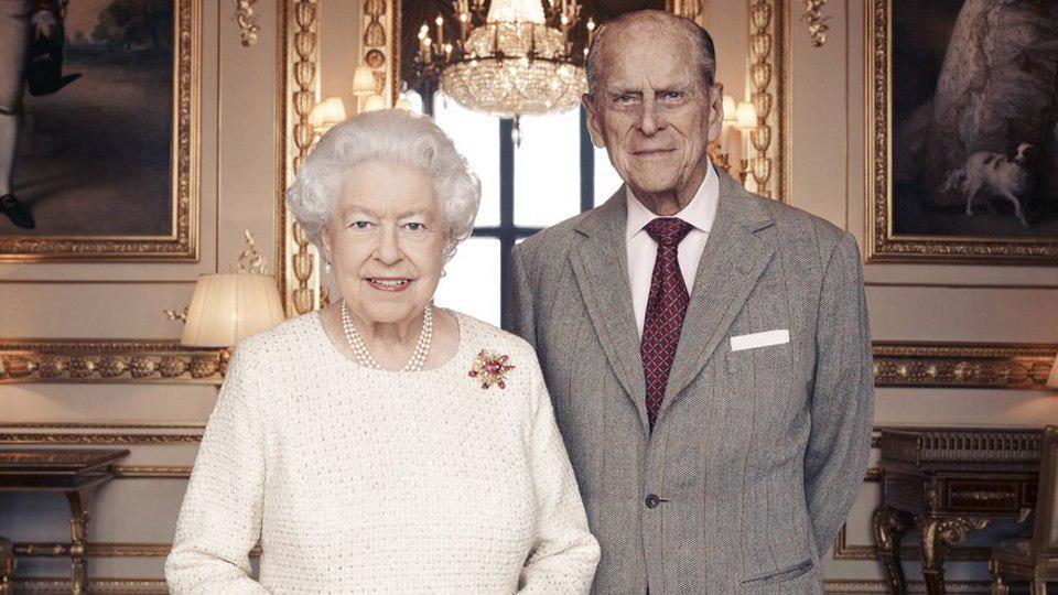 <p>Королева Елизавета II и принц Филипп. Фото: &copy; Matt Holyoak/CameraPress/PA Wire/Handout via REUTERS</p>