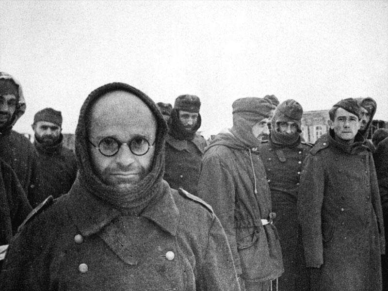 Взятые в плен немцы под Сталинградом. Фото © Wikimedia Commons