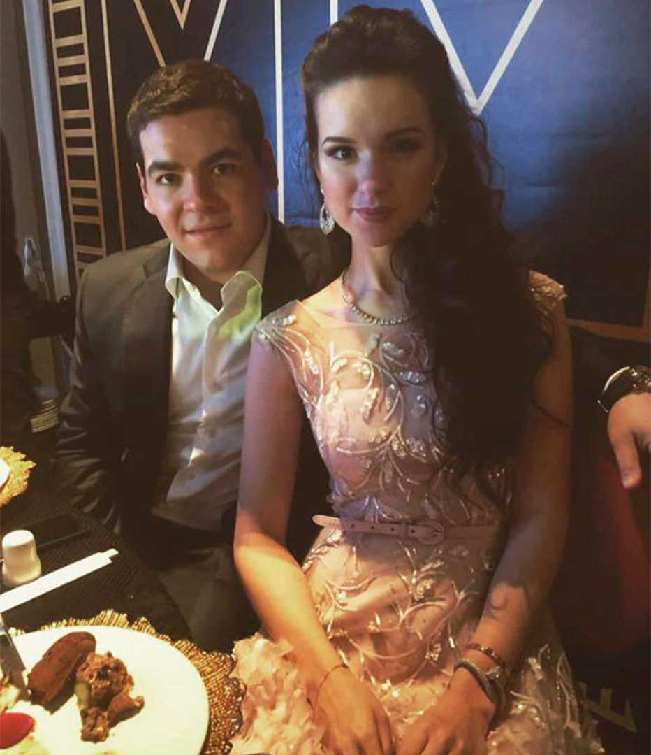 Марк Типикин с супругой. Фото: Instagram
