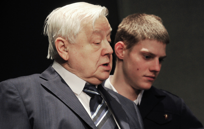 <p>Олег Табаков и его сын Павел. Фото: &copy; РИА Новости</p> <div> <div></div> </div>